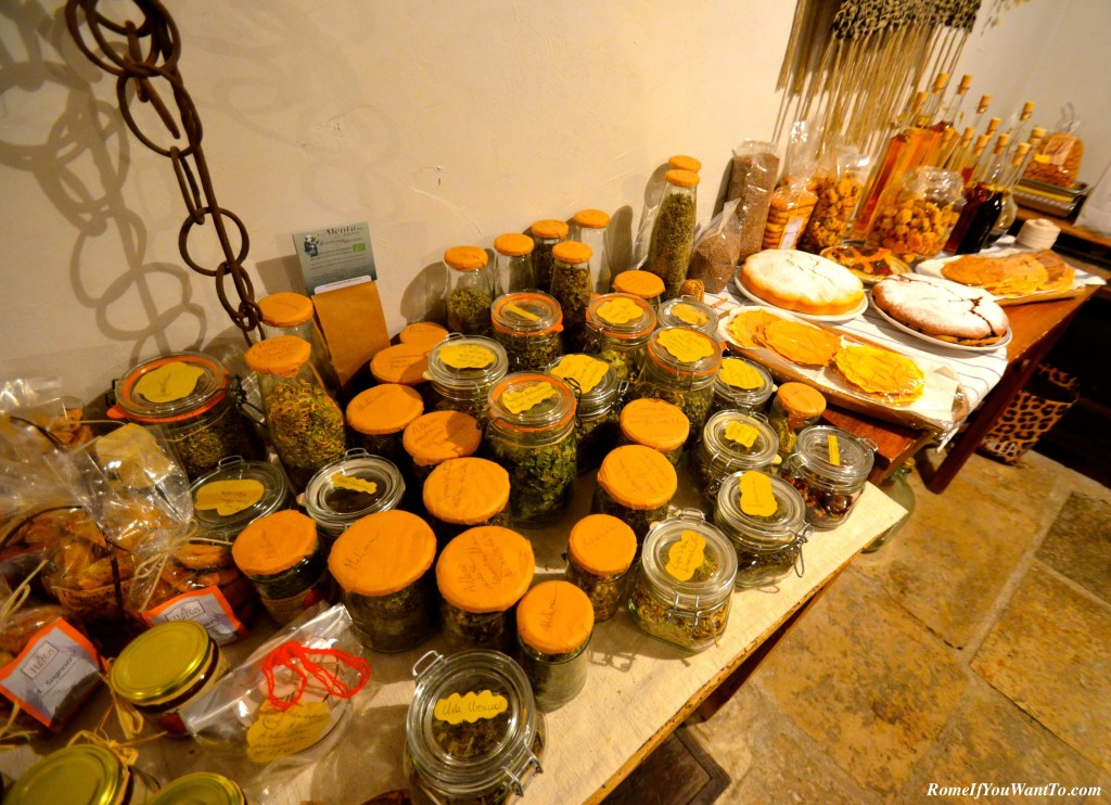 In the Albergo Diffuso's teahouse, you could mix and match your own teas or select from pre-mixed concoctions for things like digestion, energy, urinary tract health, and others.