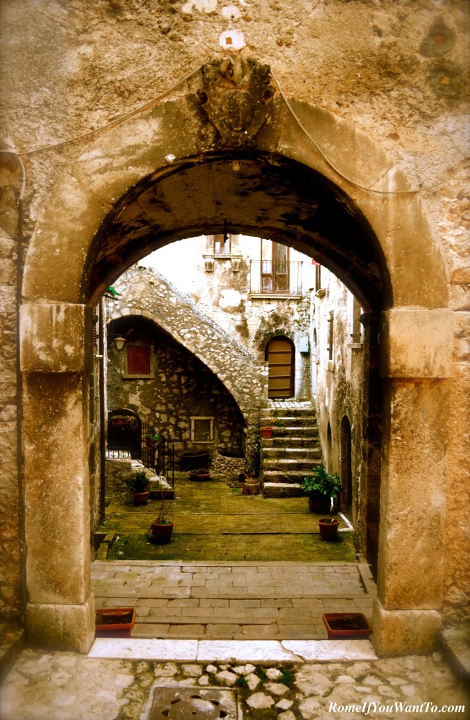 Santo Stefano di Sessanio is famous for its archways.