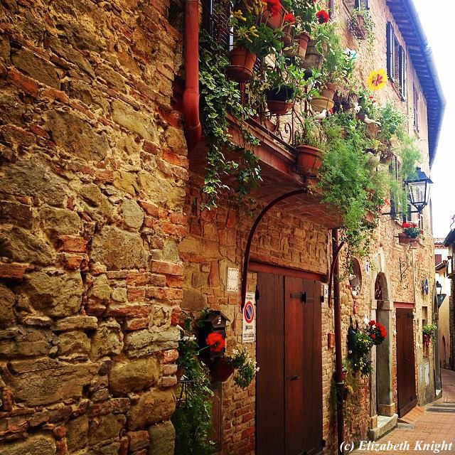 Umbria - Village of Paciano